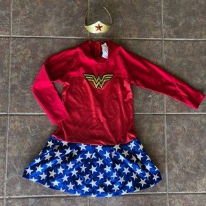 Girls Wonder Woman Superhero Costume M